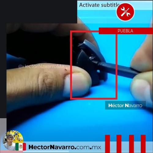 Paso 11 Separa el boton ZR de la base con ayuda de una espatula
